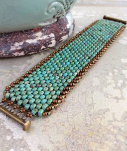 Beverly Reynolds Beg Even County Flat Peyote Bracelet -Edging
